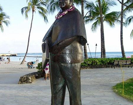 Prince Jonah Kuhio Kalanianaole statue in Waikiki
