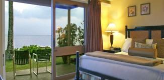 Aqua_Hotel_Molokai_Oceanfront2