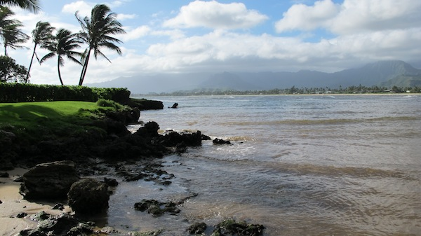 A cloudy day at a beautiful Kauai beach