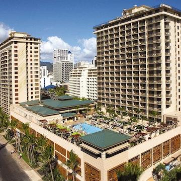 Embassy Suites Hotel – Waikiki Beach Walk