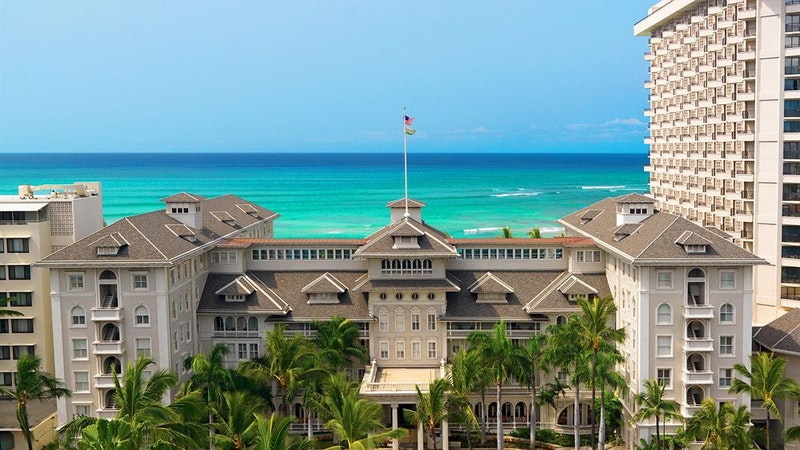 A Staycation at Moana Surfrider