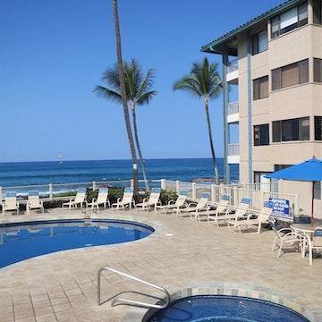 Castle Kona Reef Resort