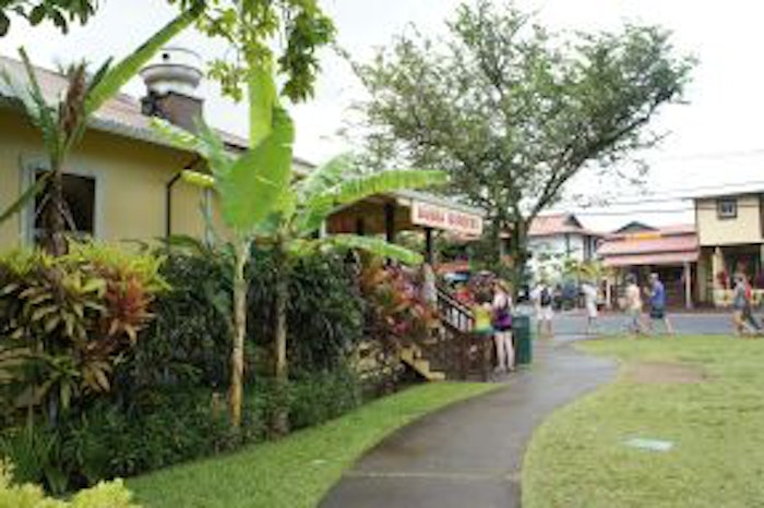 Hanalei Town and Bubba Burgers
