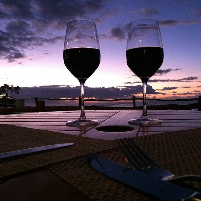 Hawaiian Airlines Now Offering Free Wine