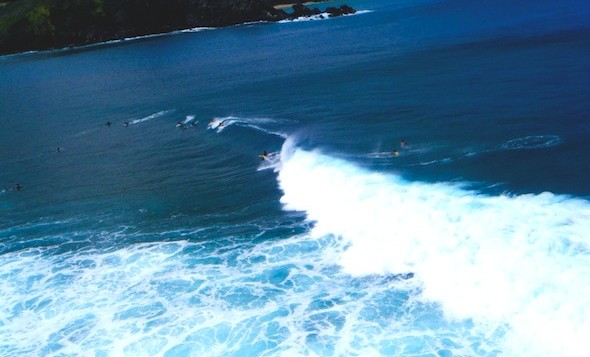 Waves on Honolua Bay