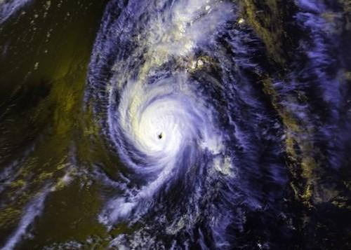 Sattelite image of hurricane Iniki
