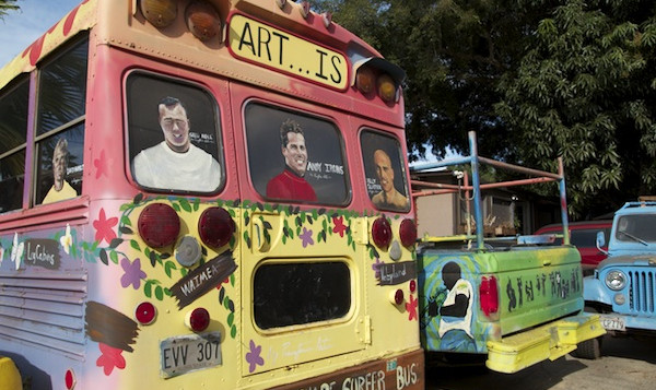 The rear of a bus painted by Ron Artis