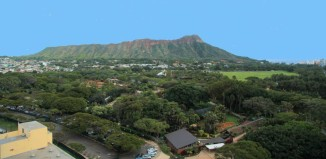 A wide shot of Diamond Head