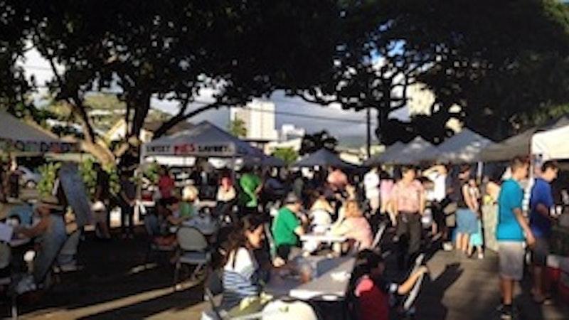 Makiki Farmers Market Has Charm