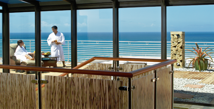 Rooftop spa at Waikiki Resort