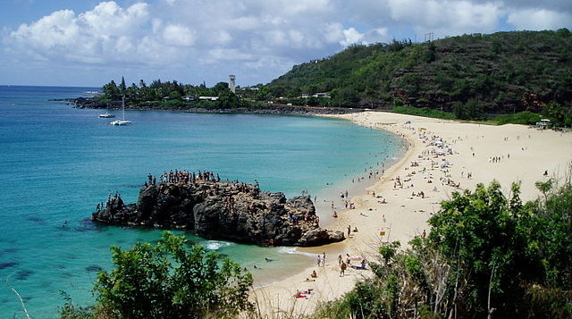 A wide shot of Waimea Bay from thesouth