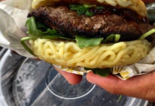A burger patty between two ramen buns