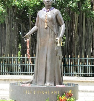 A statue of Queen Liliuokalani