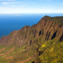 A beautiful mountain ridge on Kauai