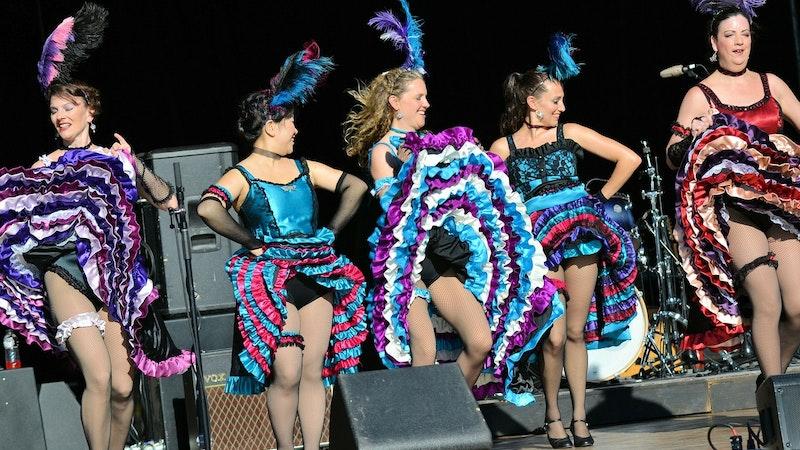 Burlesque in Hawaii? You bet!