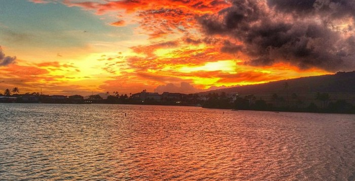 Hawaiian sunset on Kuappa pond in Hawaii Kai