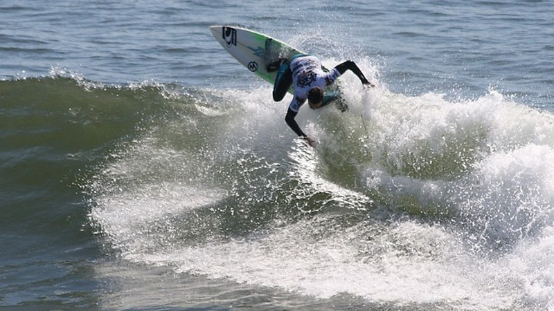 Surfing's Circus Comes to the Country