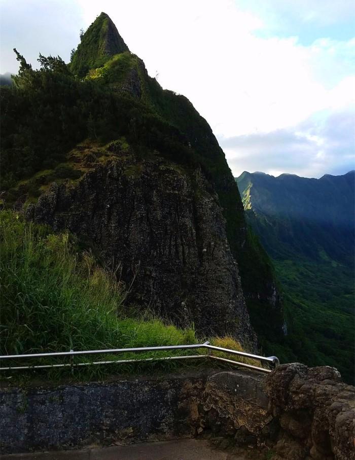 Pali Highway overlook