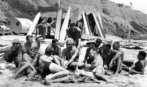 duke kahanamoku talking with friends