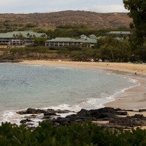 hulopoe bay in front of the four seasons lanai at manele bay