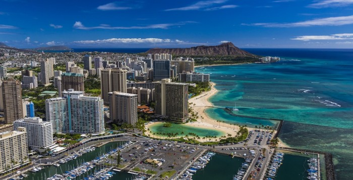 waikik beach hotels and beach