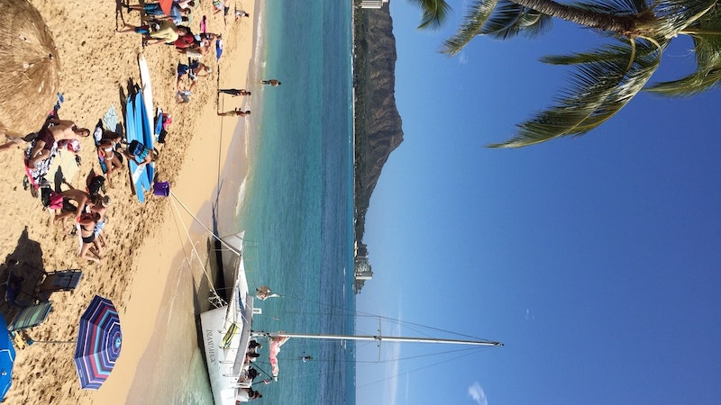 Waikiki Beach Re-Opens for Swimmers