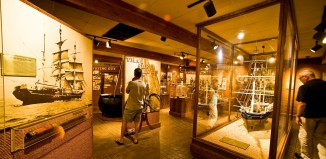 people looking inside the Whalers Museum