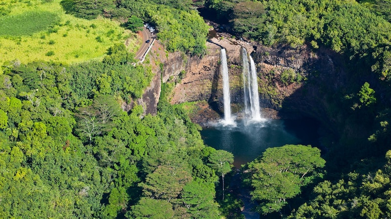 Top 5 Books About Hawaii