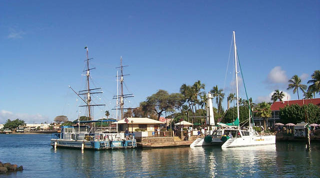 boats in lahaina harbor