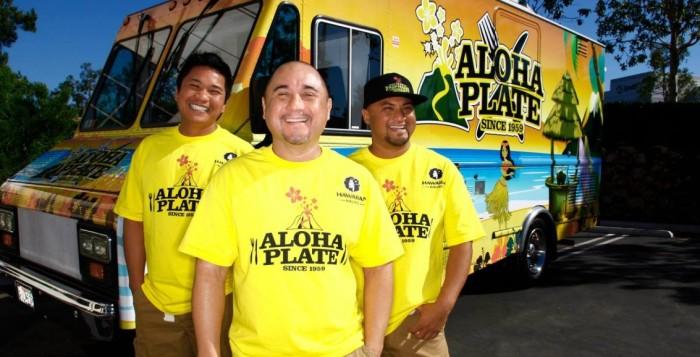 Lanai Tabura next to an Aloha Plate truck