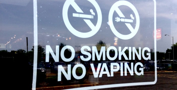 a sign that represents no smoking and no vaping