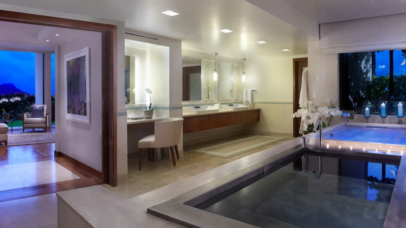 The Lap of Luxury: The Top 5 Most Expensive Suites in Honolulu