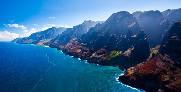 the na pali coast on kauai