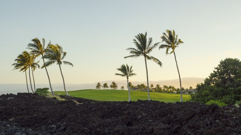 Where's the Sunshine? The Best Places To Stay in Hawaii for Dry Weather