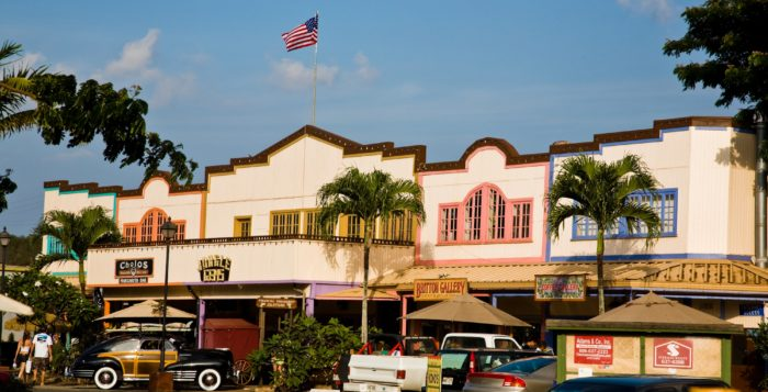 haleiwa town on the north shore of oahu