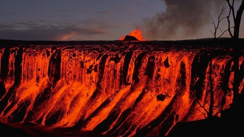By Air, By Sea, or By Land – How to View Big Island Lava