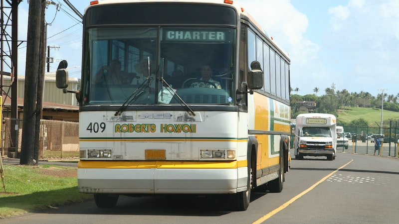 Big Bus Tour in Hawaii? Consider Reconsidering!