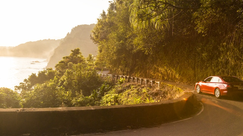 The Pros and Cons of Driving the Road to Hana on Maui