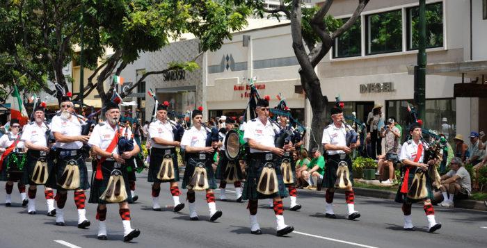 Babpipes in Waikiki parade