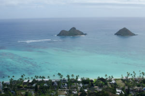 Views of the Mokulua Islands from the top of the Pillbox Trail.