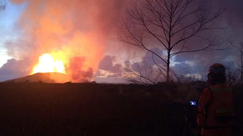 Kilauea Volcano lava, evacuations, travel deals