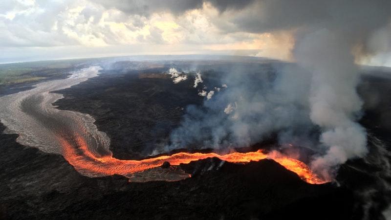 Kilauea Volcano eruption continues, coverage falls off