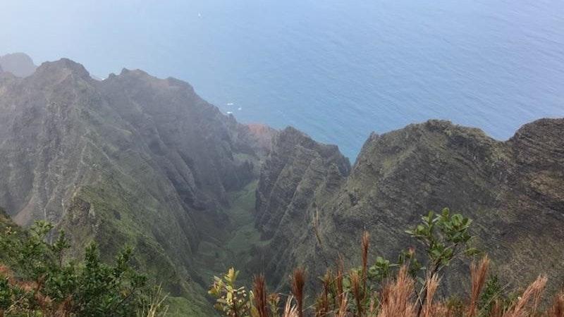 Hawaii COVID-19 travel restrictions continue on Kauai