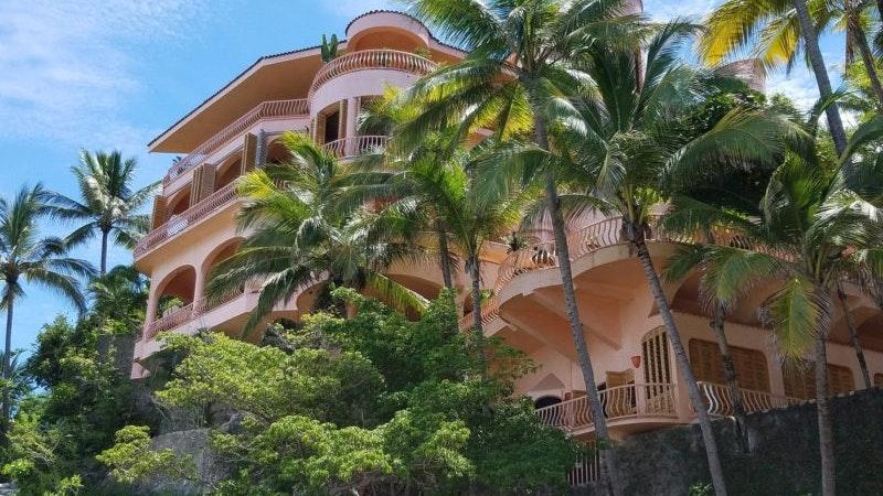 Breaking down Hawaii vacation rental numbers